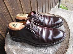 Alden 990 #8 Alden 990, Cordovan Shoes, Men's Shoes, Dress Shoes, Custom Made Shoes, Italian Leather Shoes, White Boots, Luxury Shoes, Gentleman