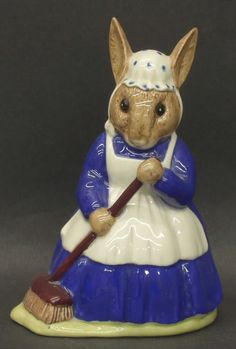 royal doulton figurines | Royal Doulton Bunnykins Figurines Mrs Bunnykins Sweep | eBay
