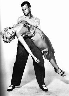 Messy Hair Up, Marilyn Moroe, Marilyn Monroe Photos, Norma Jeane, Brigitte Bardot, Material Girls, Vintage Hollywood, Timeless Beauty, Looking For Women