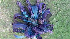 Flax flower bouquet. Flax Flowers, Bouquets, Flower Arrangements, Creativity, Weaving, Bear, Plants, Maori, Floral Arrangements