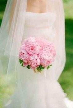 Ramos de novia con peonías: Fotos de las propuestas - Ramos de novia, diseño con peonías rosas