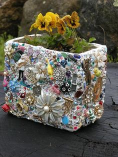 Great upcycle idea for using broken jewelry and loose beads! Could do the same thing w/ a flower pot!