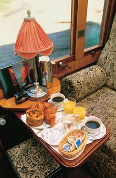 French breakfast on the Orient Express. One of the dining rooms in my restaurant modeled after the Orient Express. Orient Express Train, Simplon Orient Express, Train Tracks, Train Rides, Istanbul, Bushcraft Camping, Luxury Travel, So Little Time, Tea Time