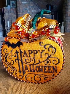 Love this Heidi Designs pumpkin stitched by Pat N. with Luv 2 Stitch