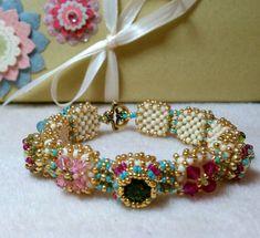 Tutorial for Victorian Antique Slides Beadwoven Bracelet with Swarovski Crystal, Beaded Bracelets Tutorial, Beaded Bracelet Patterns, Bracelet Designs, Handmade Bracelets, Beading Patterns, Beadwork Designs, Beading Tutorials, How To Make Beads, Bead Weaving