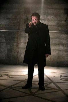 Mark Sheppard is awesome as Crowley.