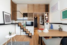 Zoku Lofts are especially designed living/working hybrid apartments. Zoku Lofts are ideal apartments for long-stay between five days and several months. Micro Apartment, Apartment Design, Zoku Amsterdam, Hotel Amsterdam, Amsterdam Netherlands, Amsterdam Travel, Amsterdam Apartment, Hotel Concept, Piece A Vivre