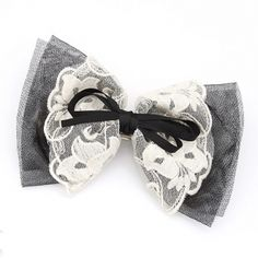 Black and White Lace Hair Bow with tulle, lace and ribbon. Favorite for #hairbowgiveaway #prettypenelopesbows