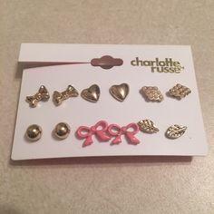 Gold Earring Set Gold earring set. Hardly worn. Like new. Charlotte Russe Jewelry Earrings