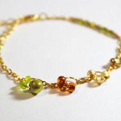 Bracelet couleur beige, vert et brun