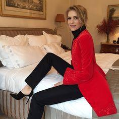 """""""So classic, red&black by @Dior #hautecouture"""