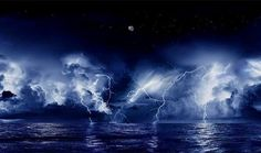 At the mouth of the Catatumbo River in Venezuela, a very unique mass of storm clouds swirls, creating the rare spectacle known as Catatumbo lightning. The storm occurs up to 160 nights a year, 10 hours per day, and 280 times an hour. National Geographic, Catatumbo Lightning, Lightning Strikes, Lightning Storms, Unusual Things, Strange Things, Natural Phenomena, Natural Wonders, Amazing Nature