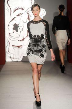 Paola Frani Womenswear Fall/Winter 2013 Pretty Outfits, Pretty Clothes, Red Carpet, Peplum Dress, Ready To Wear, Fall Winter, Runway, Women Wear, Glamour