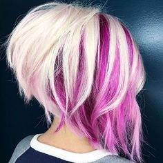 Blonde And Magenta Choppy Angled Bob, click now for more. Hair Styles 2016, Curly Hair Styles, Natural Hair Styles, Natural Braids, Color Del Pelo, Stacked Haircuts, Asymmetrical Haircuts, Hair Color Pink, Pink Streaks In Hair