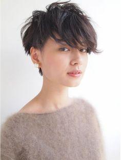 ナヌーク シブヤ(nanuk shibuya) 黒髪で『エッジ感』のあるクセ毛風ツーブロックショート◇◇