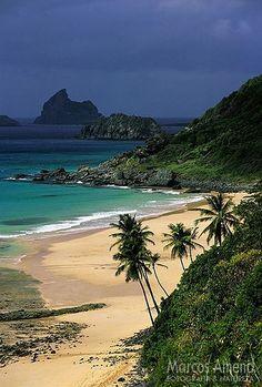 Praia do Boldró, Fernando de Noronha, Brasil...