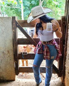 Summer Cowgirl Outfits, Western Outfits Women, Cowgirl Style Outfits, Country Style Outfits, Rodeo Outfits, Sexy Outfits, Cute Outfits, Fashion Outfits, Cow Girl Outfits