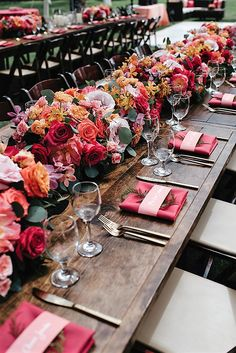 Jamie and Trey's Wedding in Hawaii tablescape