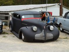Rat Rod......love it!   especially the rooster!  REGGIE....................