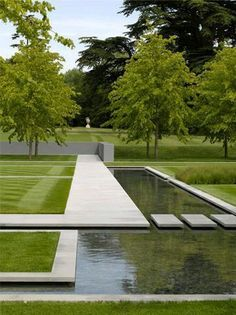 Why You Should Invest In Simple Water Features For Your Home Garden – Pool Landscape Ideas Contemporary Garden Design, Modern Landscape Design, Modern Landscaping, Contemporary Landscape, Outdoor Landscaping, Outdoor Gardens, Garden Modern, Contemporary Bedroom, Contemporary Bar
