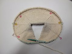 New Crochet Baby Scarf Ravelry Ideas Diy Crafts Knitting, Diy Crafts Crochet, Easy Knitting Patterns, Crochet Stitches Patterns, Knitting Stitches, Baby Knitting, Crochet Baby, Stitch Patterns, Knitting Tutorials