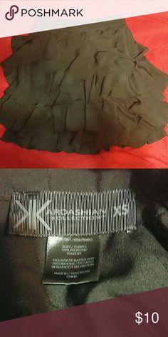 Kim Kardashian XS Ruffle skirt Very cute on. In great condidtion. Kardashian Kollection Skirts Mini