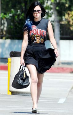 Rumer Willis' new dyed blue ends #dyedtips