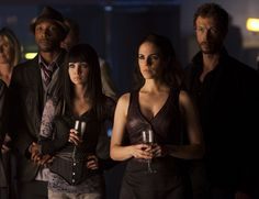 "Lost Girl ""BrotherFae of the Wolves"" S2EP5"