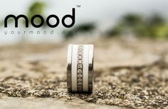 mood joaillerie, alliances, bagues de fiançailles, bagues personnalisées. Palladium, Mood, Jewelry Rings, Rings For Men, Wedding Rings, Engagement Rings, Diamonds, Lifestyle, Products