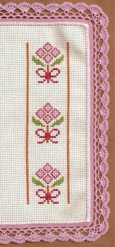 Blanket in cross stitch and crochet Cross Stitch Bookmarks, Cross Stitch Borders, Crochet Borders, Cross Stitch Kits, Cross Stitch Charts, Cross Stitch Designs, Cross Stitching, Cross Stitch Embroidery, Hand Embroidery