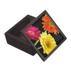 Gerbera Daisy Premium Trinket Boxes perfect for bridal party favors, gifts for mother of the bride and groom
