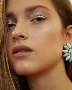 "Gefällt 73 Mal, 3 Kommentare - Anne-Lena Cox (@alcoxmakeup) auf Instagram: ""#tb @annavatheuer #beauty #model #girls #freckles #summer #jewellery #mua #hairstyle #style…"""