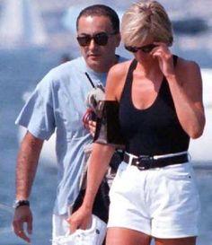 Princess Diana and Dodi Al Fayed  walking on beach, 1997