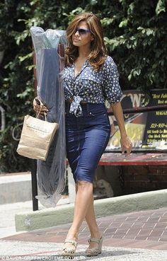Eva Mendes love her curves!