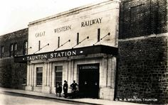 Great Western Railway, Taunton Station, Somerset | by brizzle born and bred