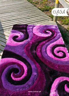 22 Ideas modern art decor carpets for 2019 Pom Pom Crafts, Yarn Crafts, Diy Carpet, Rugs On Carpet, Pom Pom Rug, Latch Hook Rugs, All Things Purple, Carpet Design, Modern Rugs