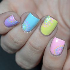 Pink & Polished: Pastel Circular Dotted Nails