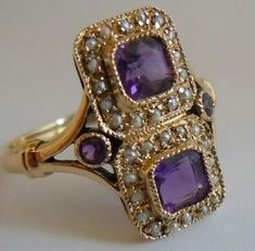 Superb antique amethyst and pearl ring in 9 ct gold.