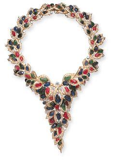 Diamantes, rubíes, esmeraldas, zafiros en oro