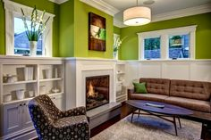 How to design green living room with creative color combinations