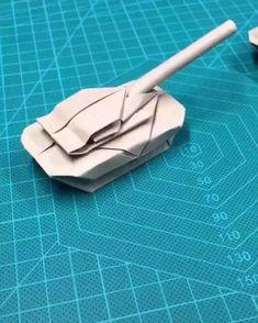 Paper Folding Crafts, Cool Paper Crafts, Paper Mache Crafts, Paper Crafts Origami, Star Wars Origami, Instruções Origami, Plane Crafts, Make A Paper Airplane, Diy Crafts Hacks