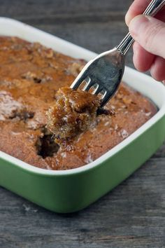 Healthy Recipe That You Can Easily Make Sticky Toffee Cake, Salted Caramel Chocolate Cake, Sticky Toffee Pudding, Pudding Cake, Pudding Recipes, How Sweet Eats, Puddings, Yummy Food, Cooking