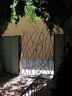 Metallic Sculpture : Gate of Shadows and Light by morwynskya