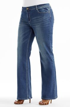 Distressed Wash Wide Leg Jean |indigo  Style No: J3093 Stretch Denim wide Leg jean. This Jean has the classic 5 pockets. This jean has contrast stitching on the seams and on the back pocket. It has a single button front fastening at the waist. the inner leg length is 82cm. #dreamdiva #dreamdivafiles #fashion #plussize