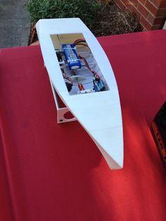 Australian Man Designs & 3D Prints a Working RC Boat on His DIY 3D Printer http://3dprint.com/16599/3d-printed-rc-boat/
