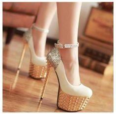 highfashion heels love em!!! would so wear these! But i wonder how my sister @Chelsea Rose Rose Danielle would feel about me wearing these .....