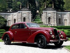 1938 Alfa Romeo 6C 2300B Mille Miglia. ════════════════════════════ http://www.alittlemarket.com/boutique/gaby_feerie-132444.html ☞ Gαвy-Féerιe ѕυr ALιттleMαrĸeт https://www.etsy.com/shop/frenchjewelryvintage?ref=l2-shopheader-name ☞ FrenchJewelryVintage on Etsy http://gabyfeeriefr.tumblr.com/archive ☞ Bijoux / Jewelry sur Tumblr