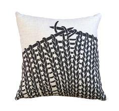 HANDPRINTED. Designer pillow/cushion. Knitting. 40x40cm. Black on Natural