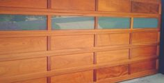 Why Should I Replace the Old Garage Door? What Are the Real Garage Doors?