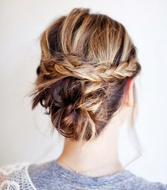 The Coolest Updo Ideas for Short Hair via @byrdiebeauty